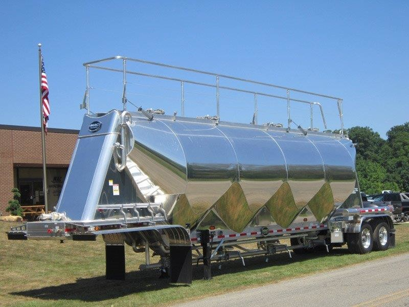 Pneumatic High Cube Tank Trailers